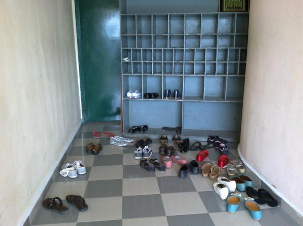 empty shoe cabinet